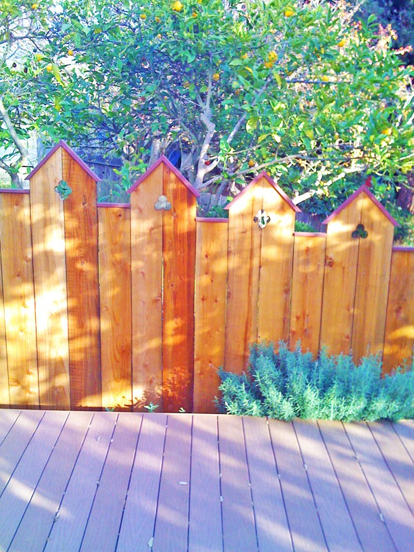 crafted-redwood-fence-deck-sm