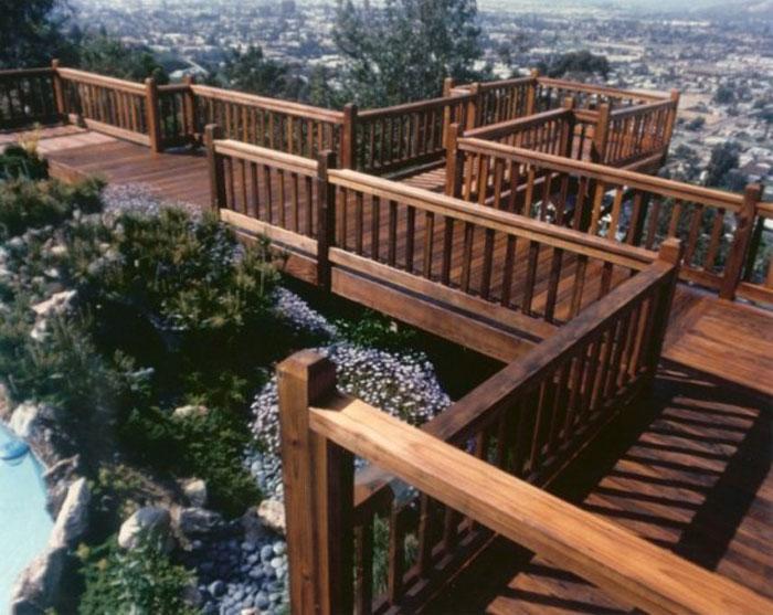 landscape-deck-city-view
