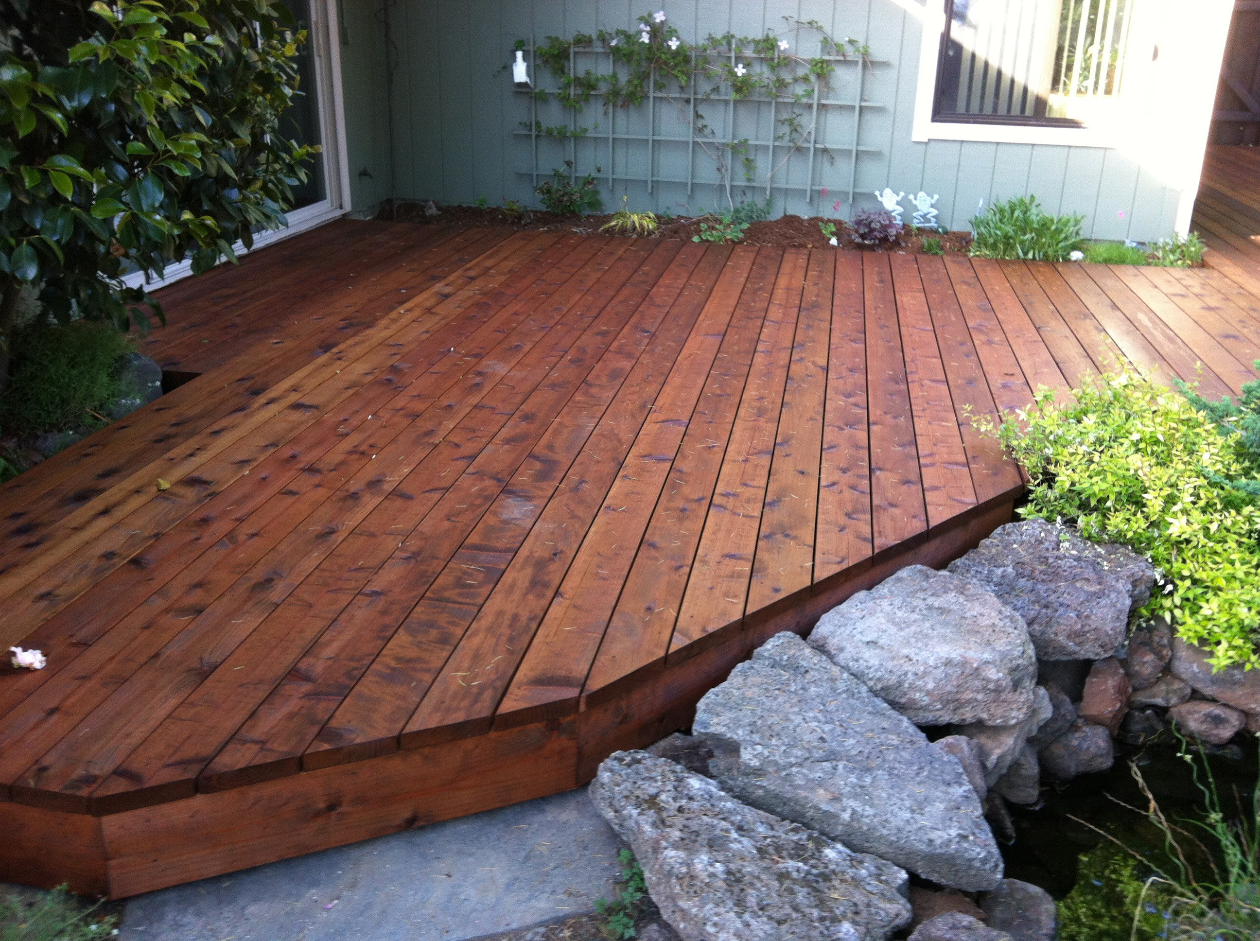 york-deck-redwood | Deck Master Fine Decks