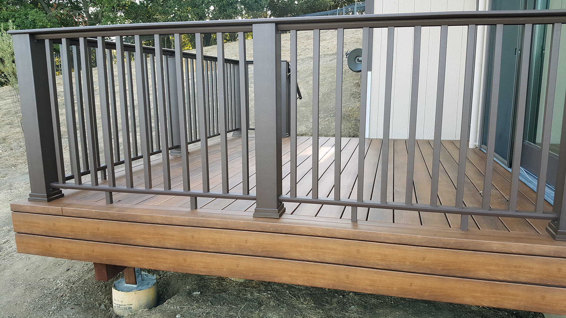 Walnut Decking Images - Reverse Search