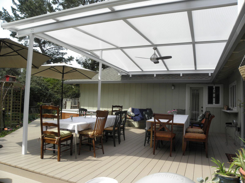 Azek Quot Brownstone Quot Deck Transforms Santa Rosa Backyard